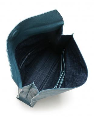 41ブルー ゴートレザー封筒型クラッチバッグを見る