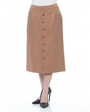 キャメル スカートを見る