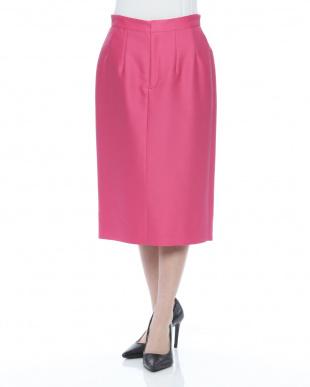 濃ピンク スカートを見る