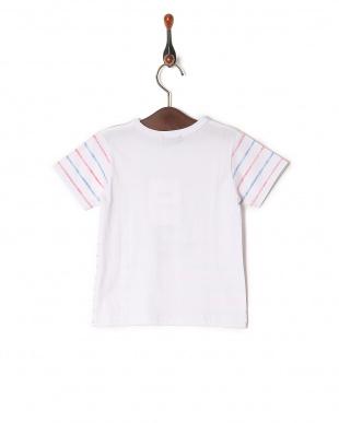 ホワイト系 Tシャツを見る