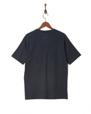 ネイビー 半袖Tシャツを見る