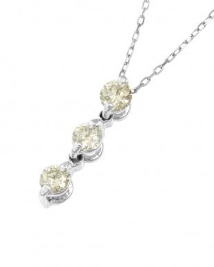 Pt 天然ダイヤモンド 計0.2ct スリーストーン ネックレスを見る