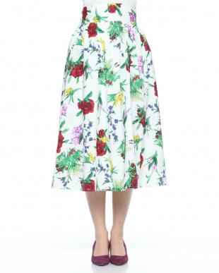 オフホワイト 綿ブロードブーケ花柄スカートを見る