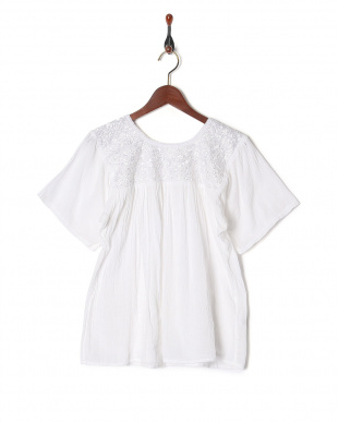 WHITE MEXICAN EMBROIDERY BLOUSEを見る