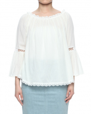 IVORY BELL SLEEVE TOPを見る