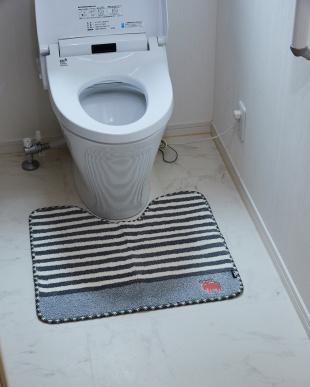 グレー タフトトイレマット 55×60cmを見る