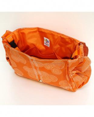 スティッチ オレンジ バックルバッグを見る