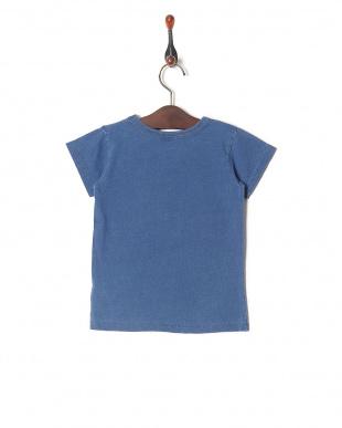 ブルー インディゴワンポイントTシャツを見る