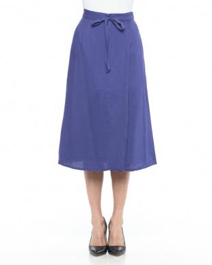BLUE スカートを見る