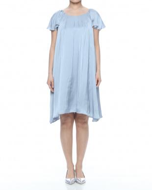 ブル-        048 05 Flare dressを見る