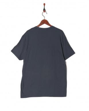 NAV  Tシャツを見る