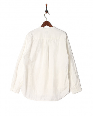 WHITE V-NECKシャツを見る