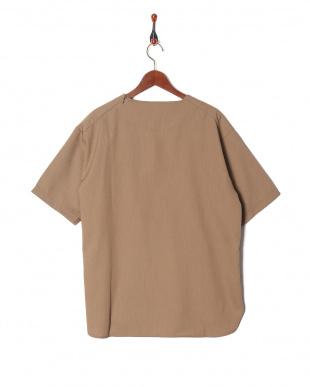 ベージュ TR Tシャツを見る