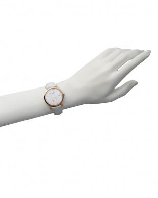 白 LW37 腕時計|WOMENを見る