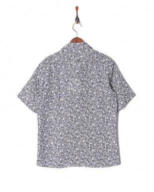 ホワイト リネンプリント半袖シャツを見る