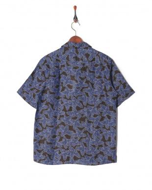 ブラウン リネンプリント半袖シャツを見る