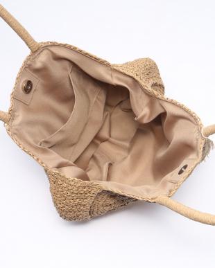 Beige 雑材サークル型バッグを見る
