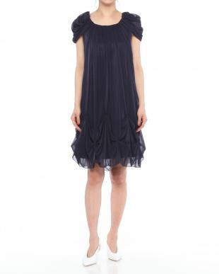 ネイビーブルー ギャザードレープデザインドレスを見る