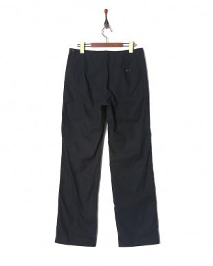 D701/NAVY  パンツを見る