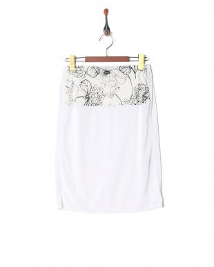 ホワイト 手書きフラワープリントツイストスカートを見る