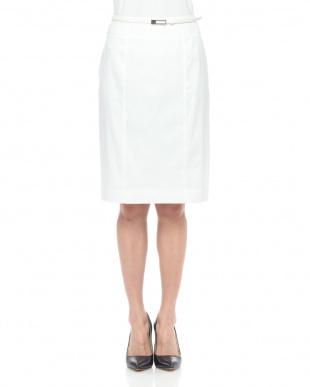 ホワイト ストレッチリネンタイトスカートを見る
