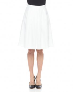 ホワイト カラミ タックフレアスカートを見る