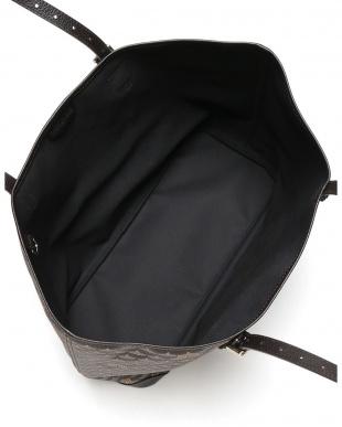 ブラン/ニジェール  DAILLY BATTLE 37 エカイユ柄 トートバッグを見る
