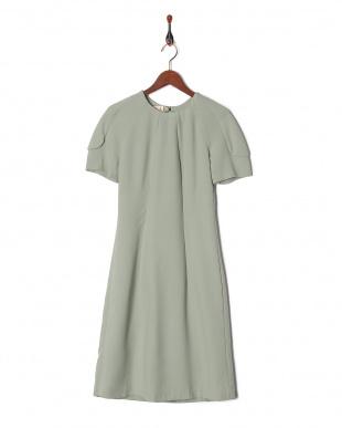 B23 グリーンウール混袖付きワンピースを見る