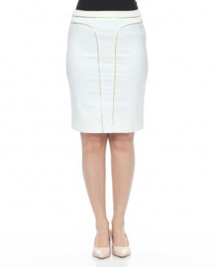 10  ホワイト グーロドパイピングスカートを見る