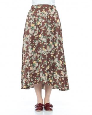 カラシ 柄スカートを見る