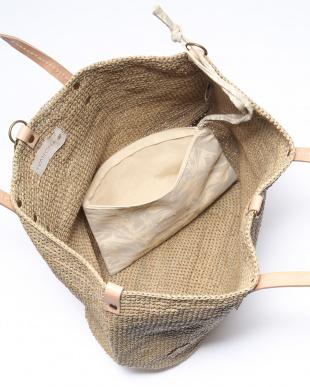 SABLE 鞄を見る