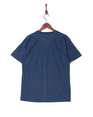 ネイビー カジュアルTシャツ Vネックを見る