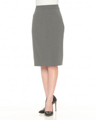 グレー E/HIRA STRETCHスカートを見る