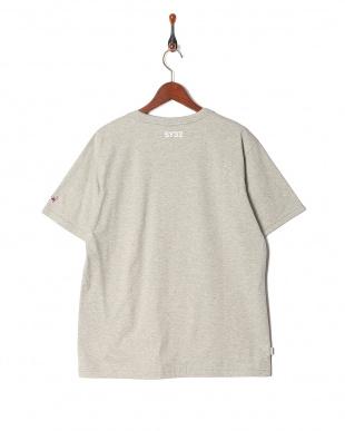h.gray オリジナル ハートロゴクルーネック 半袖Tシャツを見る