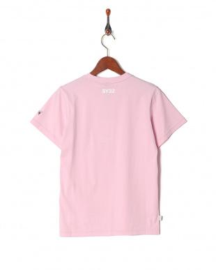 pink ハートロゴ ラインクルーネック 半袖Tシャツを見る