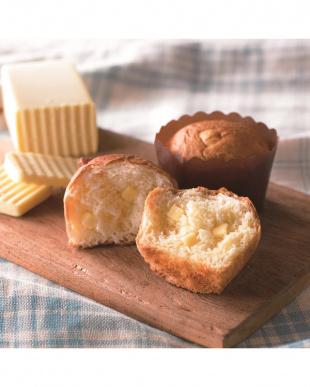 『ダイス状のチーズがゴロゴロ入った』 チーズマフィン 2缶を見る