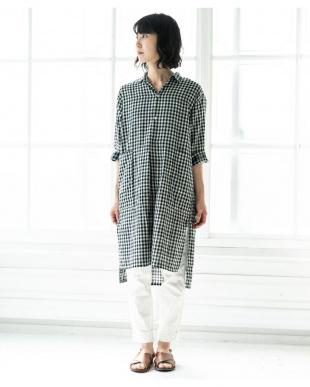 BLACK  [ママサイズ]ふんわりダブルガーゼギンガムチェックシャツワンピースを見る