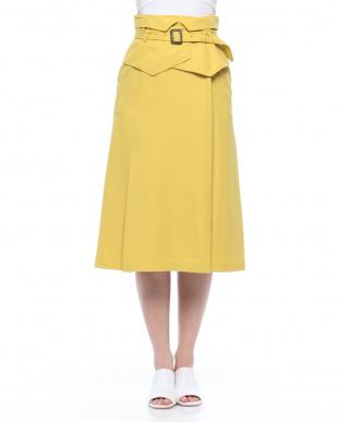 コルセットベルト付きスカートを見る
