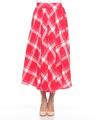 RED  スカートを見る