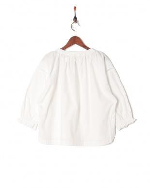 WHITE スモックシャツを見る