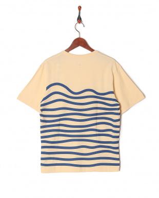 KINARI ボーダーTシャツを見る