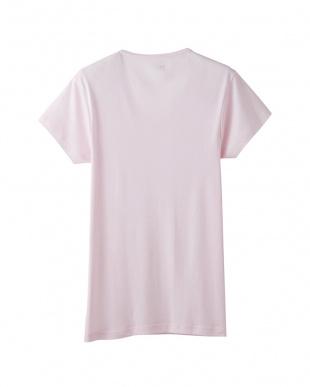 フレッシュピンク  VネックTシャツを見る