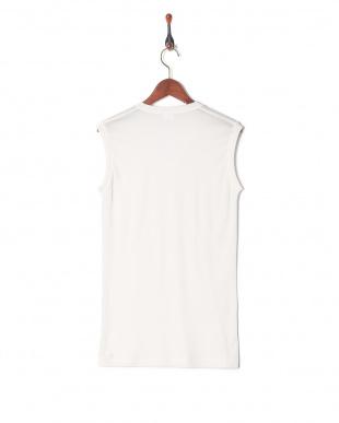 ホワイト 吸水速乾 メッシュ ウルトラドライ Vネックスリーブレスシャツを見る