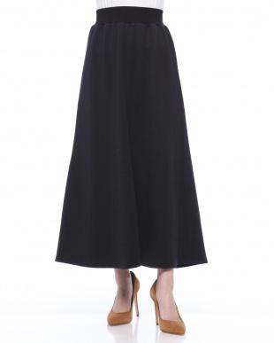 ブラック  Aラインロングスカートを見る
