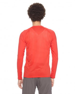 RED / / UA HG ARMOUR FIT LS CREWを見る
