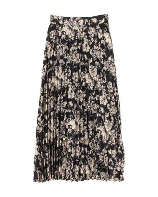 花柄/ブラック プリーツロングスカートを見る