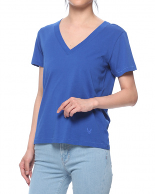 BLUE T-shirtを見る