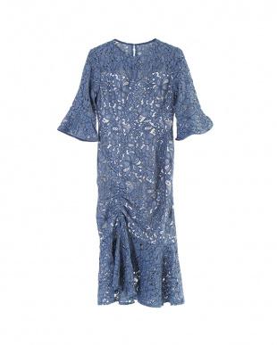 ブルー フレアスリーブマーメイドギャザーヘムドレスを見る