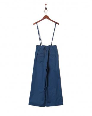 ブルー パンツを見る
