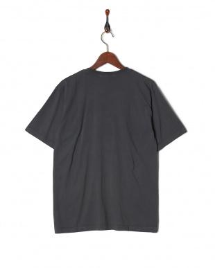 チャコール オーバーダイポケットTシャツ SSを見る